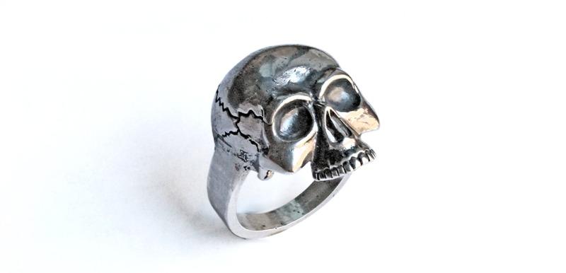 teschio-anello